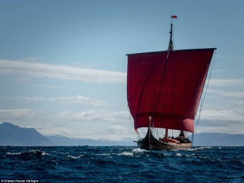 34dc602d00000578-3622523-after_a_treacherous_journey_across_the_north_atlantic_ocean_the_-a-64_1464895479448